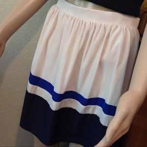 Nice flowy color block lined skirt M021